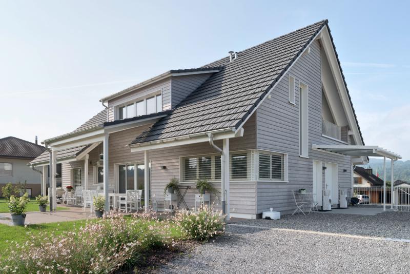 Landhaus mit aussicht suter architekten ag for Architekten schweiz